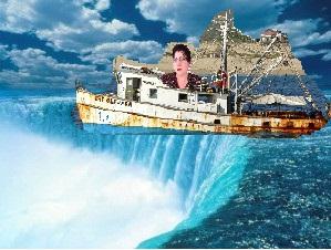 boat over niagara