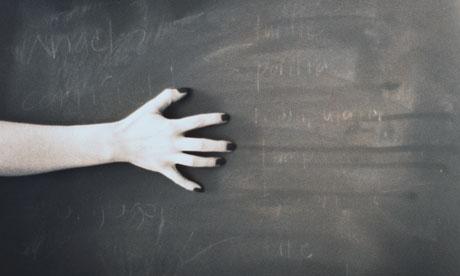 Fingernails-scratching-a--007