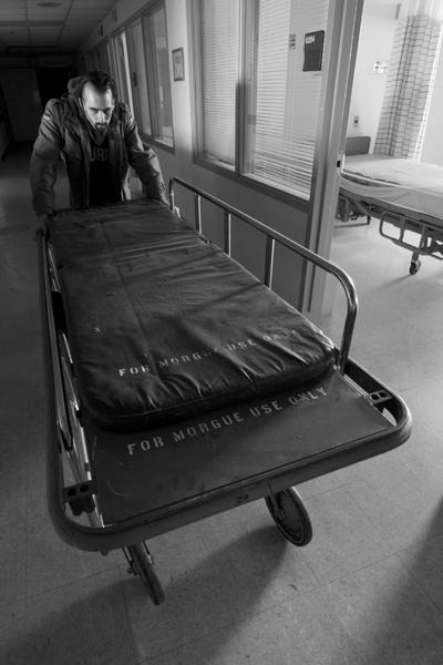 Dead_Body_Man_by_MrMotts