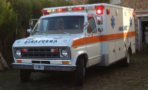 ambulance-ford-E350