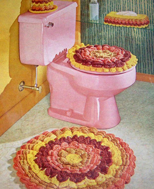vintage-bathroom-crapper